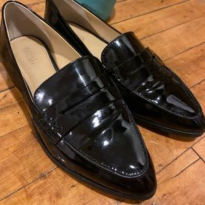Like New Michael Kors Black Patent Leather Loafer